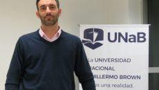 el rector de la UNaB Raul Marino